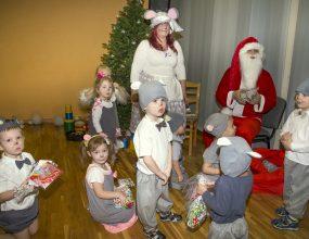Ziemassvētkus gaidot…